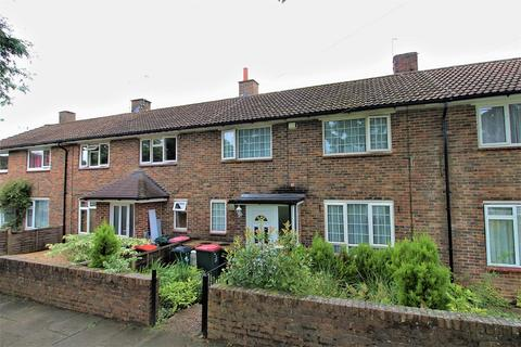 3 bedroom terraced house for sale - Pevensey Close, Crawley, West Sussex. RH10 7BL