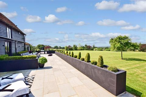 5 bedroom barn conversion for sale - Mount End, Theydon Mount, Epping, Essex
