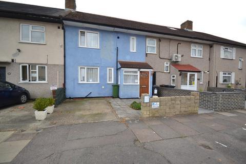 3 bedroom terraced house for sale - Gainsborough Road, Dagenham