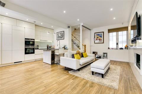 3 bedroom mews to rent - Stanhope Mews East, South Kensington, London