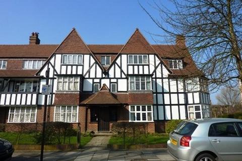 3 bedroom flat to rent - Links Road, West Acton