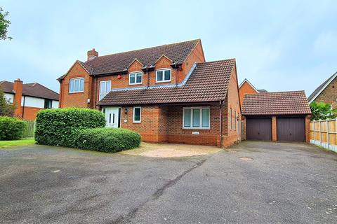 4 bedroom detached house to rent - Clockhouse Lane, Chafford Hundred, Grays