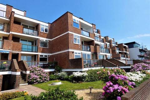 2 bedroom apartment for sale - Arismore Court, Marine Parade West, Lee-On-The-Solent