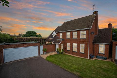 5 bedroom detached house for sale - Cranborne Gardens, Leicester, LE2