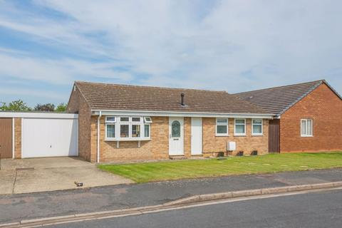 2 bedroom detached bungalow for sale - Swift Close, Bicester