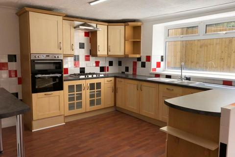 3 bedroom end of terrace house to rent - Kilvey Road, St Thomas