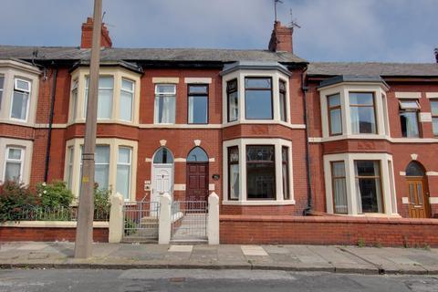 4 bedroom townhouse for sale - Milton Street, Fleetwood