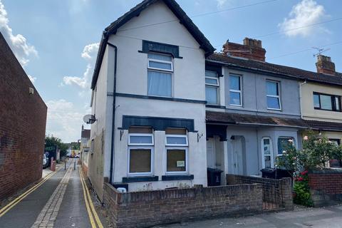 1 bedroom flat for sale - Station Road, Swindon