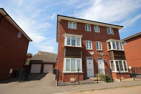 4 bedroom semi-detached house to rent - Jack Sadler Way, The Rydons, Exeter