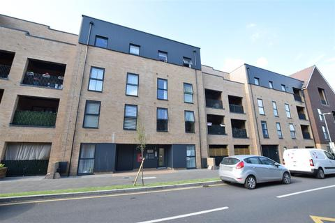2 bedroom apartment for sale - Lees Court, Royal Anglian Way, Dagenham, RM8