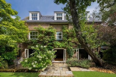 5 bedroom detached house for sale - Regal Lane, Primrose Hill, London, NW1