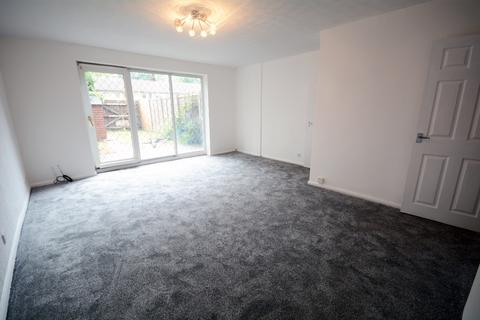 3 bedroom terraced house to rent - Bothwell Road, Manchester