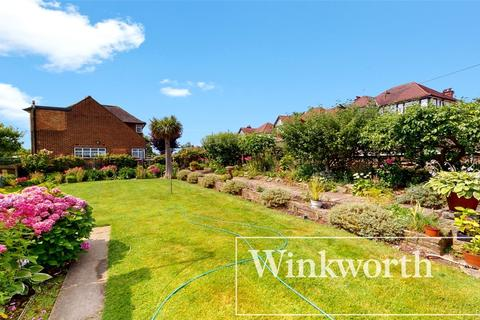 3 bedroom detached house for sale - Barn Hill, Wembley, Middlesex, HA9