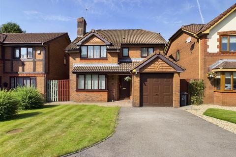 4 bedroom detached house for sale - Augusta Park, Victoria, Ebbw Vale, Gwent, NP23