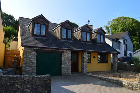 4 bedroom detached house to rent - Boverton, Near Llantwit Major, Vale of Glamorgan CF61