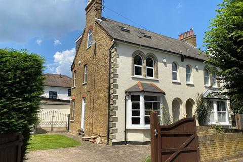 5 bedroom semi-detached house for sale - CHERRY ORCHARD, STAINES, TW18