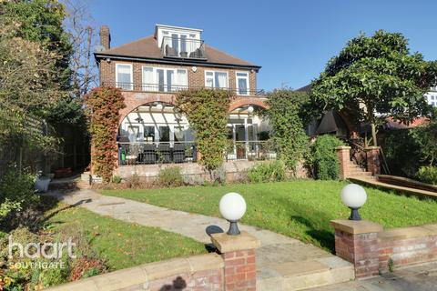 5 bedroom detached house for sale - Prince George Avenue, London