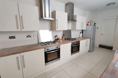 8 bedroom house to rent - Cresswell Terrace, Sunderland SR2