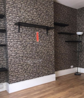 2 bedroom flat to rent - A Greyhound Lane, London