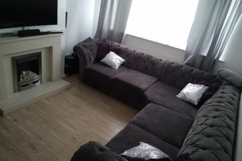 2 bedroom apartment to rent - High Street North, Bedfordshire, LU6