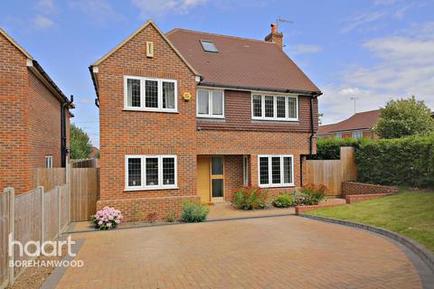 5 bedroom detached house for sale - Furzehill Road, Borehamwood