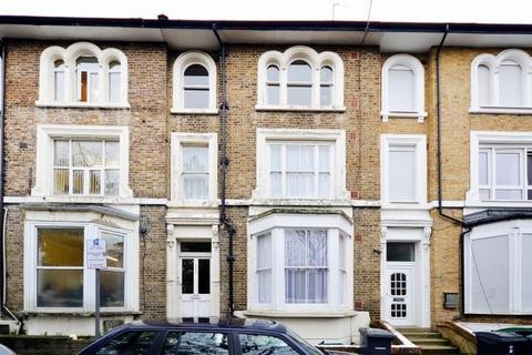 1 bedroom flat for sale - 23 Stuart Crescent, London, N22 5NN