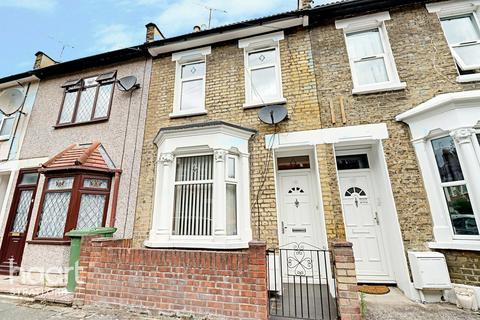 2 bedroom terraced house for sale - Faringford Road, London