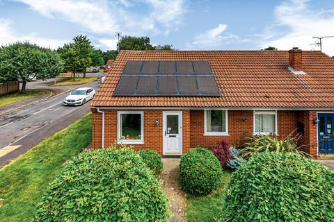 2 bedroom semi-detached bungalow for sale - Newton Close, Swinderby, LN6