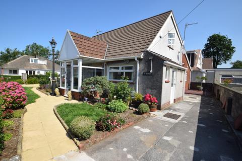 4 bedroom detached bungalow for sale - Treetops, 20 St Johns Drive, Pencoed, Bridgend, Bridgend County Borough, CF35 5NF