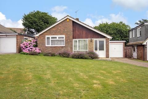 2 bedroom detached bungalow for sale - Hayling Gardens, High Salvington, Worthing BN13 3AJ