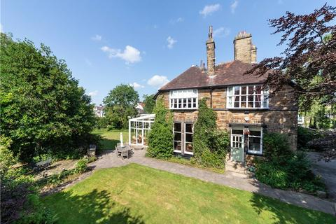 5 bedroom semi-detached house for sale - Bradford Road, Bingley, West Yorkshire