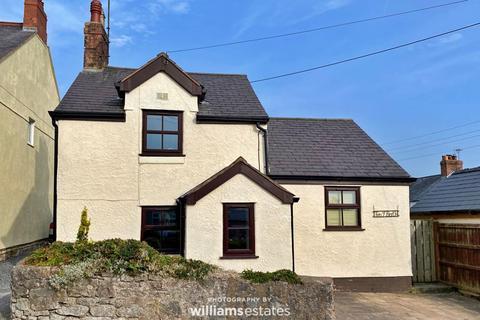 2 bedroom detached house for sale - Trelogan