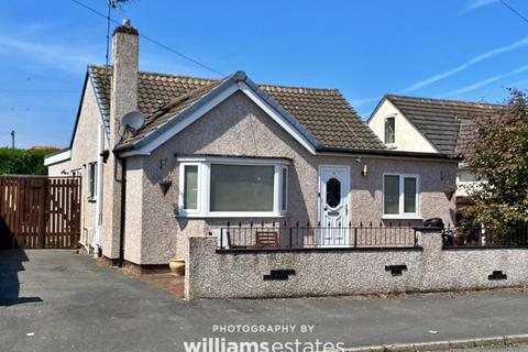 4 bedroom detached bungalow for sale - Roseview Crescent, Rhyl