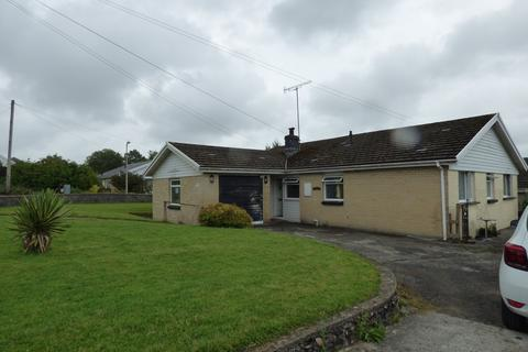 4 bedroom bungalow for sale - Nant Yr Ynys, Llanpumpsaint, Carmarthenshire