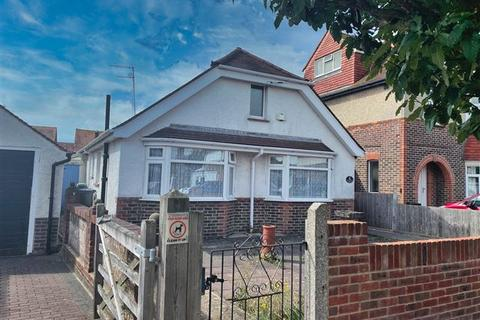 2 bedroom detached bungalow for sale - Livesay Crescent, Worthing, West Sussex, BN14 8AT