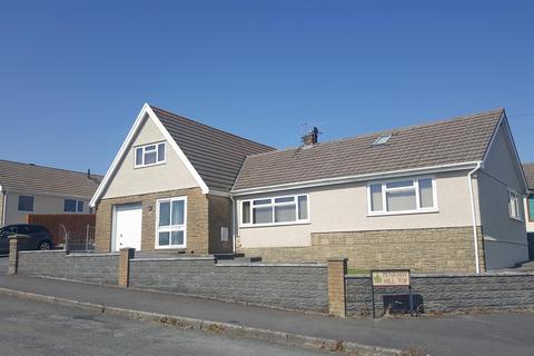 5 bedroom detached bungalow for sale - Hilltop, Llanelli