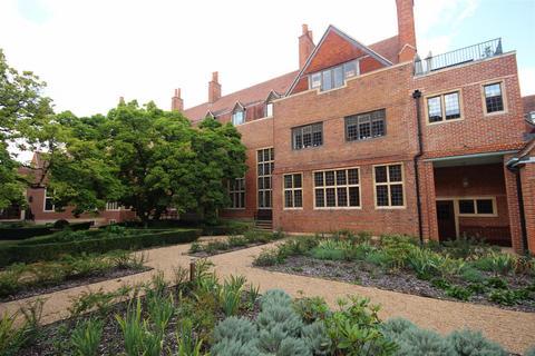 1 bedroom apartment to rent - Kings Drive, Midhurst