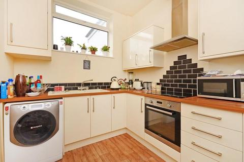 3 bedroom flat to rent - Flat 2, 143A Bocking Lane, Greenhill, Sheffield, S8 7BN