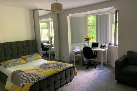 4 bedroom house to rent - Brazil Street, Leicester