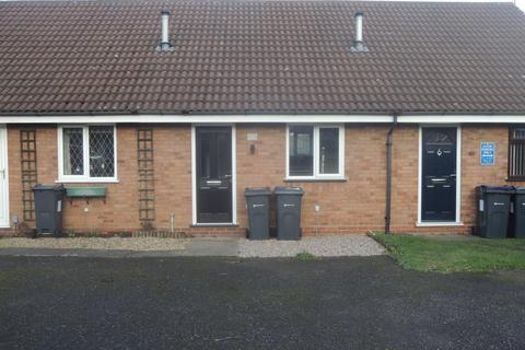 1 bedroom bungalow to rent - The Pollards, Erdington, Birmingham, B23 5JR