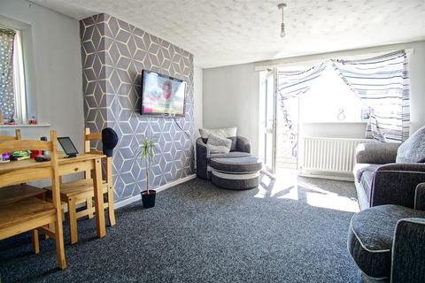 2 bedroom apartment for sale - 2-Bed Apartment For Sale In Medway House, Preston