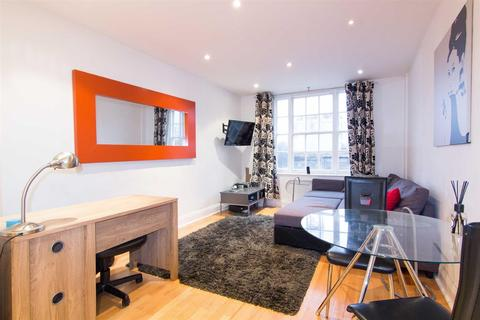 2 bedroom apartment to rent - Great Cumberland Place