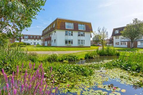 2 bedroom flat for sale - Westlake Gardens, Worthing