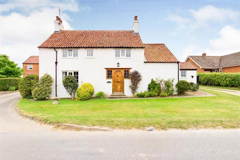 3 bedroom detached house for sale - Millside, Kilham, Driffield