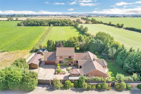4 bedroom detached house for sale - Sleaford Road, Brant Broughton, Lincoln, Lincolnshire