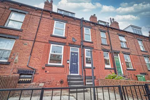 2 bedroom house to rent - Cecil Grove, Leeds