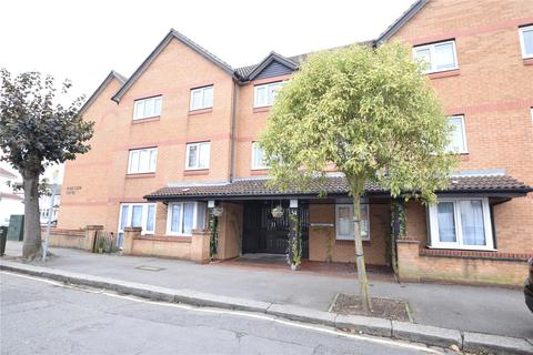 1 bedroom apartment for sale - Brancaster Road, Ilford, IG2