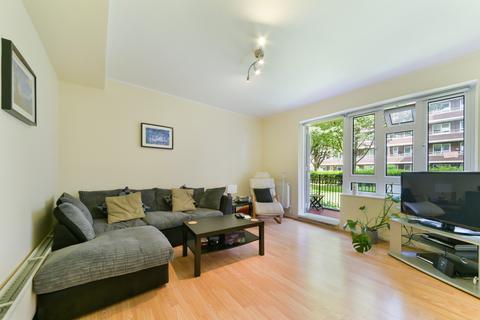 3 bedroom flat to rent - Wiltshire Close, SW3