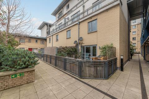 2 bedroom maisonette to rent - Hindon Court, Wilton Road, Pimlico, London, SW1V