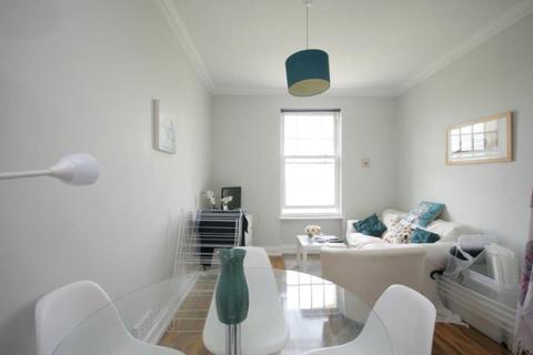 3 bedroom flat to rent - Gledstanes Road, W14